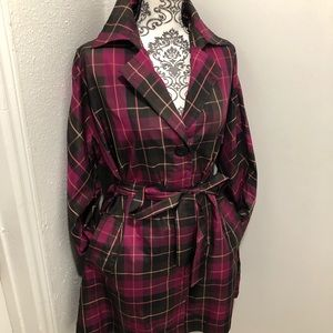 Beautiful Nine West Silk Trench coat Size L
